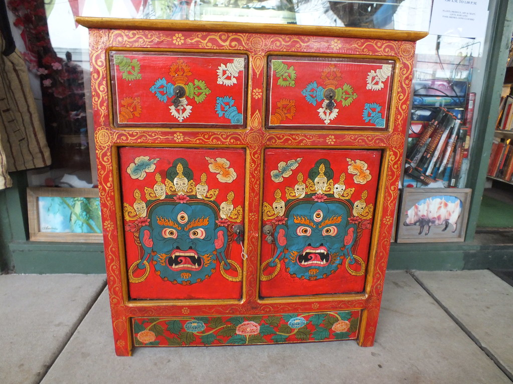 Ordinaire Beautiful Tibetan Furniture At Buddha Shop | Andy Stevens | Flickr