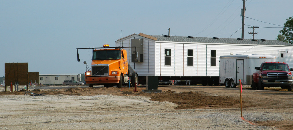 First fema modular homes arrive in joplin joplin mo for Home builders in joplin mo
