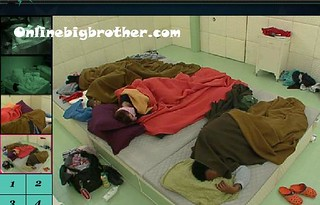 BB13-C4-8-1-2011-7_22_23.jpg | by onlinebigbrother.com