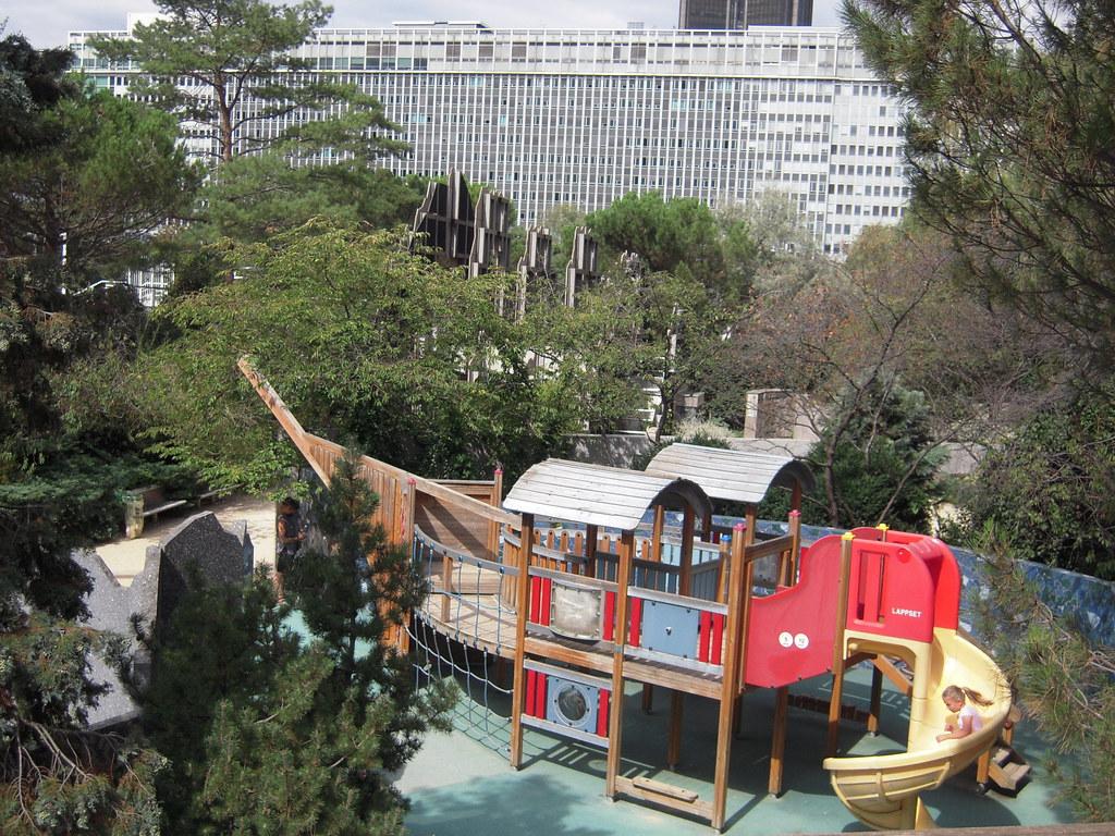 Aire de jeux le jardin propose une aire de jeu pour les en flickr - Aire de jeux pour jardin ...