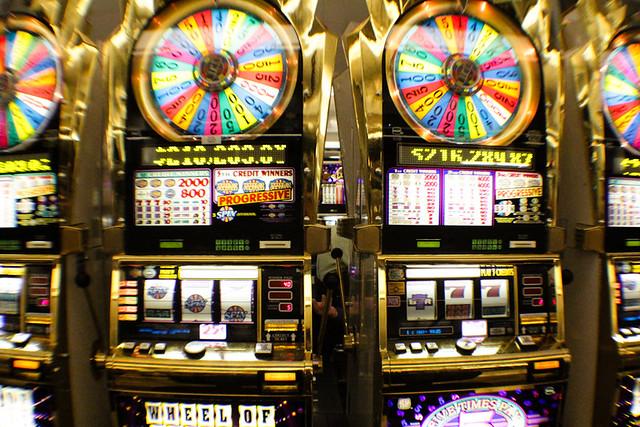wheel of fortune slot machine online r