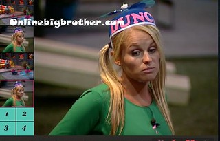 BB13-C4-8-14-2011-12_59_13.jpg | by onlinebigbrother.com