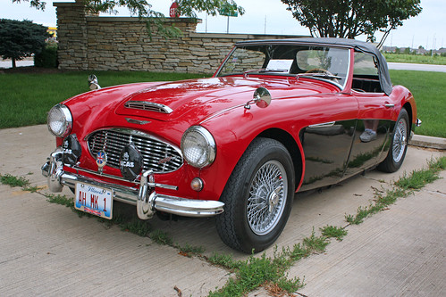 1960 Austin-Healey 3000 Mk1 BT7 Roadster (3 of 9) | by myoldpostcards