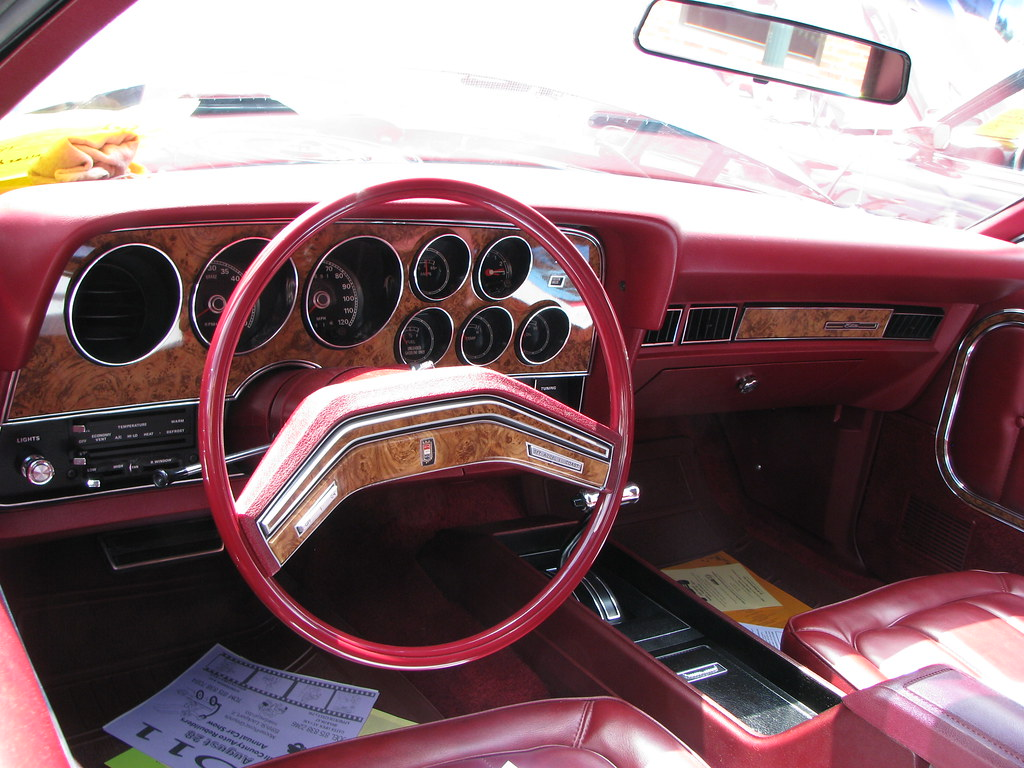 New Ford Torino >> 1976 Ford Elite interior | Bucket seats and center console ...