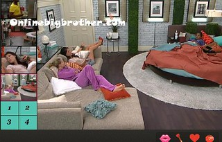 BB13-C4-8-5-2011-4_39_29.jpg | by onlinebigbrother.com