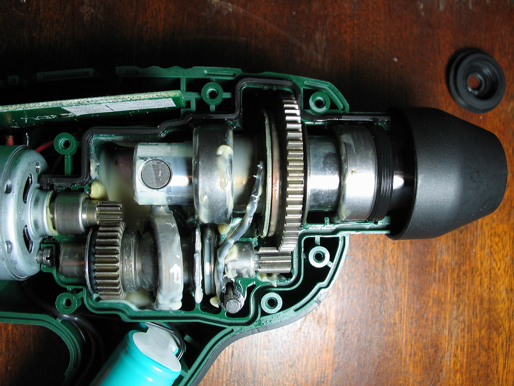 bosch uneo gearbox assembly   jarvist frost   flickr