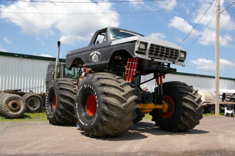 ford bronco monster truck bloomsburg 4 wheel jamboree 2011 flickr. Black Bedroom Furniture Sets. Home Design Ideas