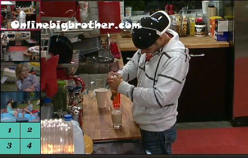 BB13-C2-7-17-2011-12_37_55.jpg | by onlinebigbrother.com