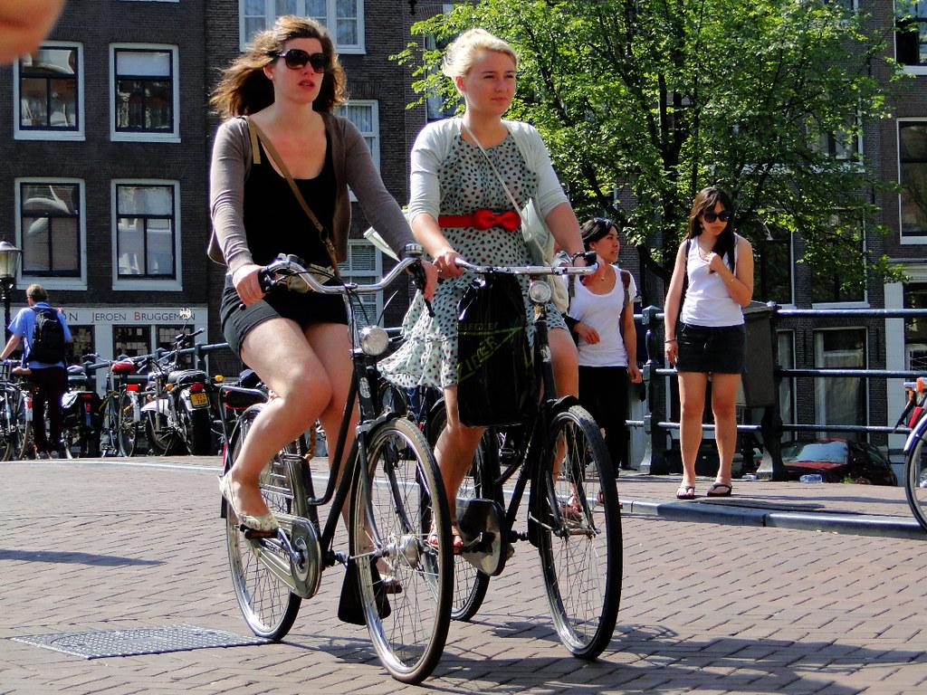 longhair amsterdam babes