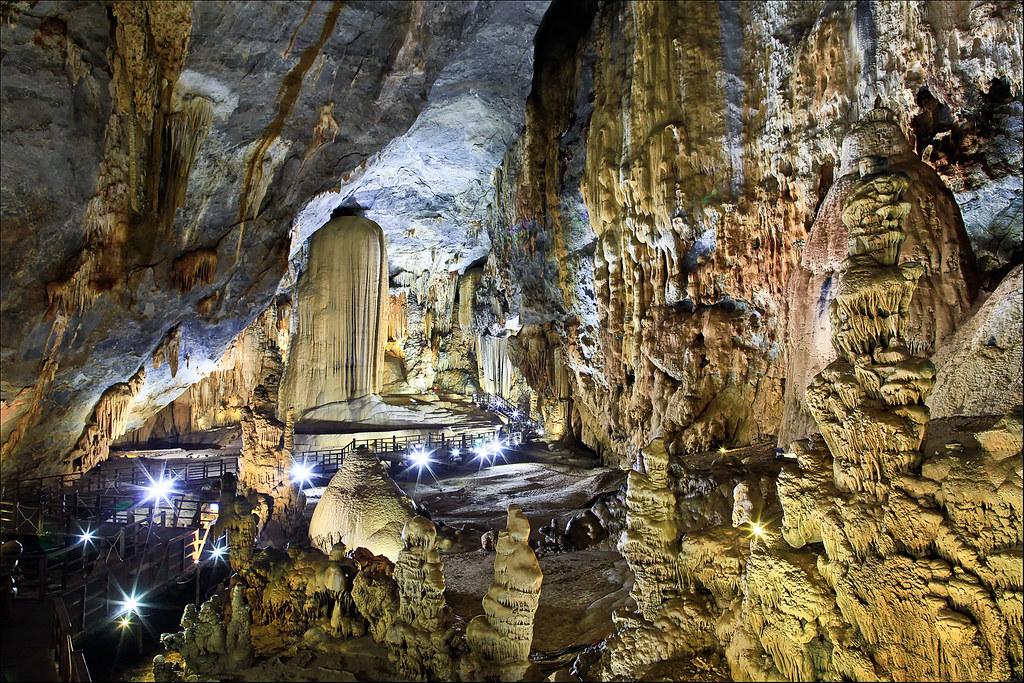 phong nha and paradise cave tour