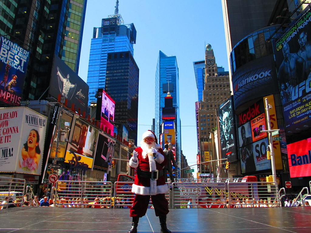Christmas Arrives Early: The Rockettes And Santa In Times … | Flickr
