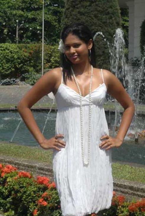 Derana Veet Miss Sri Lanka 2009 Beauty Pageant Lakshi Hesh -6975