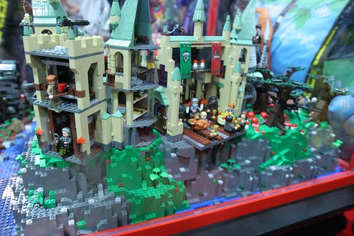 Harry Potter Display Case: - LEGO Booth at Comic Con - 11 | by fbtb