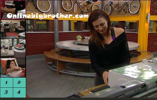 BB13-C2-8-5-2011-7_15_58.jpg | by onlinebigbrother.com
