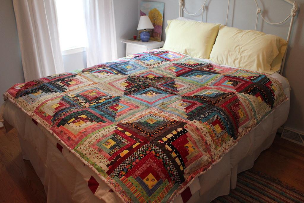 کانال اموزش پته دوزی Scrappy log cabin quilt hand tied, not quilted. I like it . Flickr