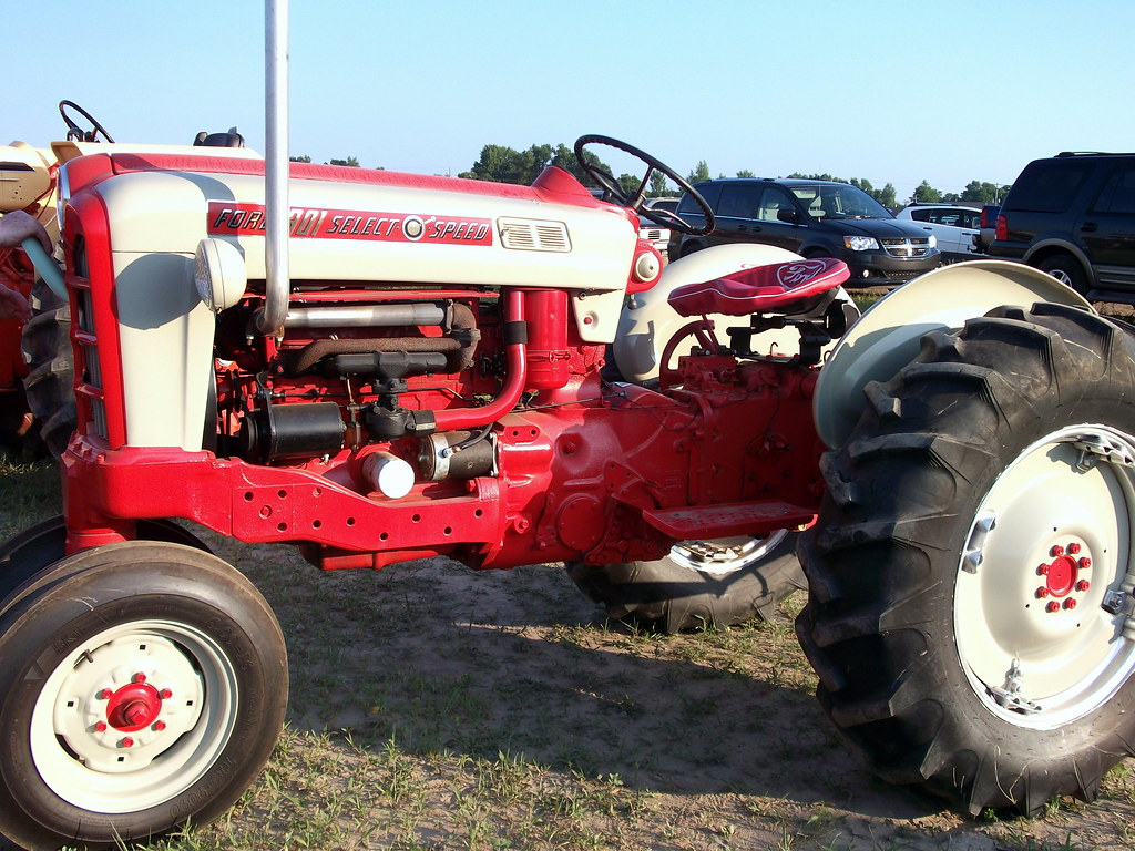 Ford 801 Parts : Ford select o speed tractor mark flickr