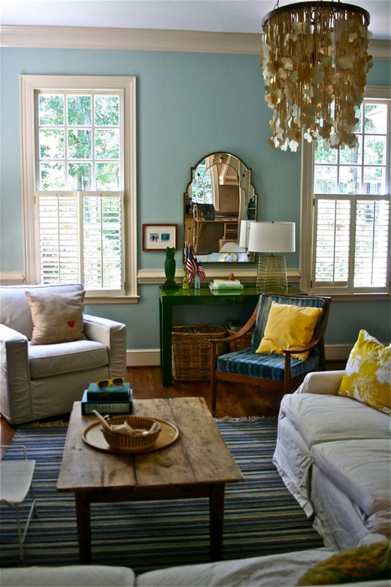 Blue Living Room Colorful Accents Benjamin Moore 39 Wythe