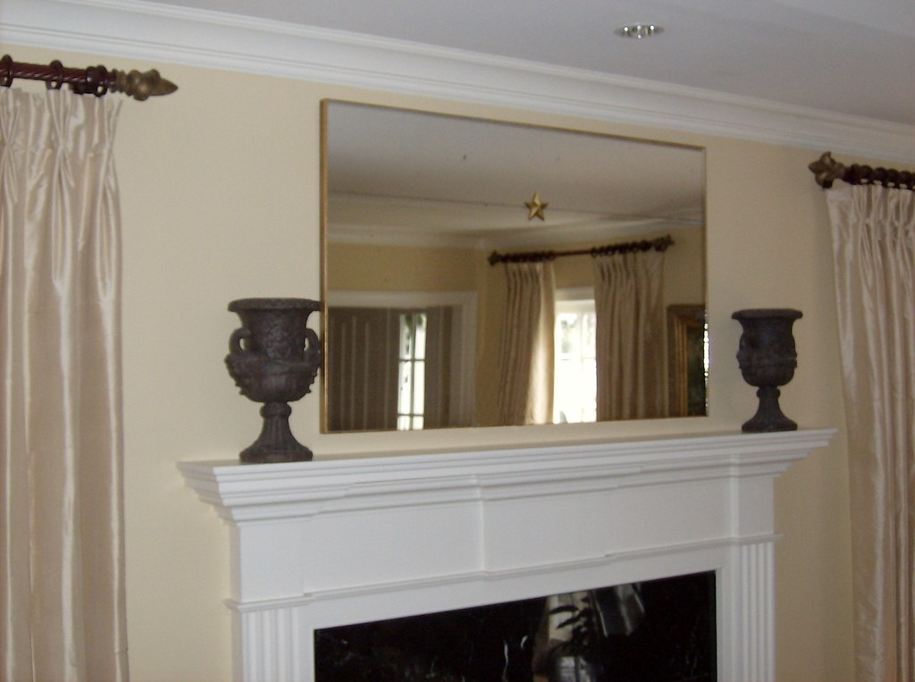 WNM Mirror Over Fireplace With Star Rosette