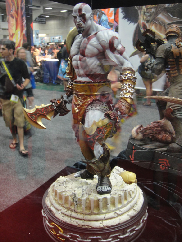 San Diego Comic Con 2011 Kratos God Of War Statue Side Flickr