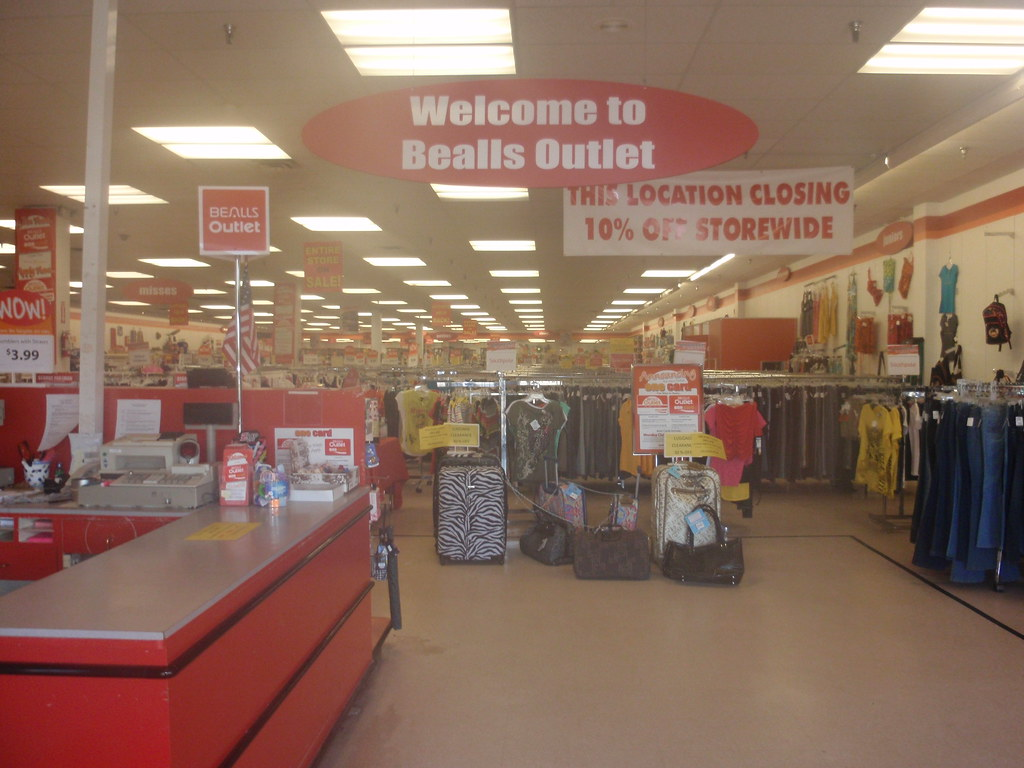 Bealls Outlet Store Closing Fort Myers Fl It Was 8 30