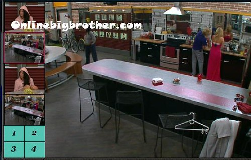 BB13-C1-8-3-2011-1_41_03.jpg | by onlinebigbrother.com