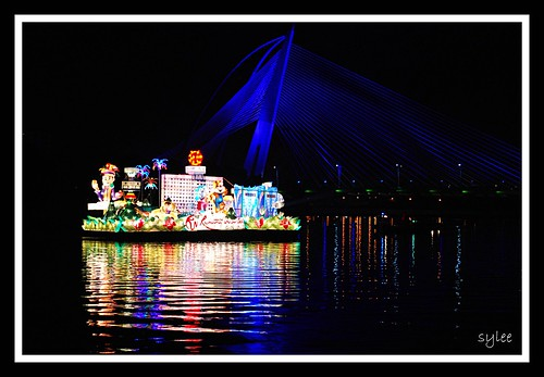 Putrajaya Flower & Garden Festival 2011 - Resort World Genting's Float | by leeshingyaw
