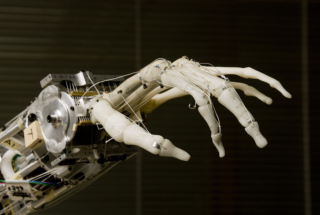 Robot Hand The Neurobotics Lab S Prosthetic Hand Is A Clos Flickr