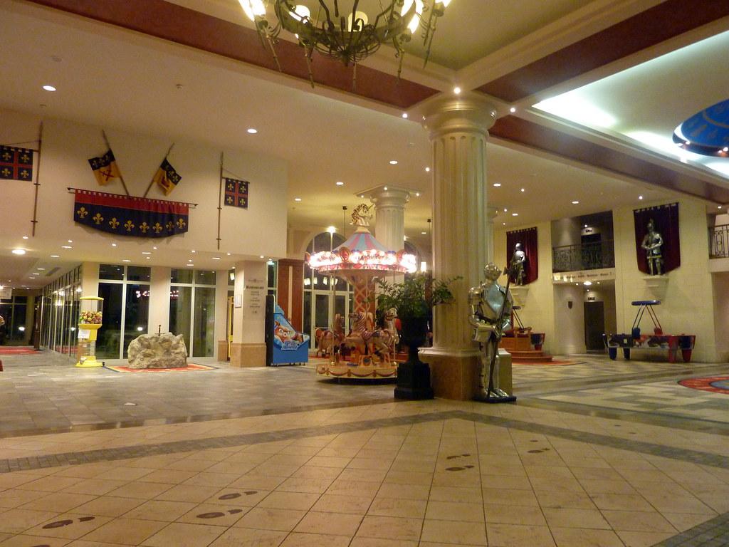 Dream Castle Hotel Room Service Menu