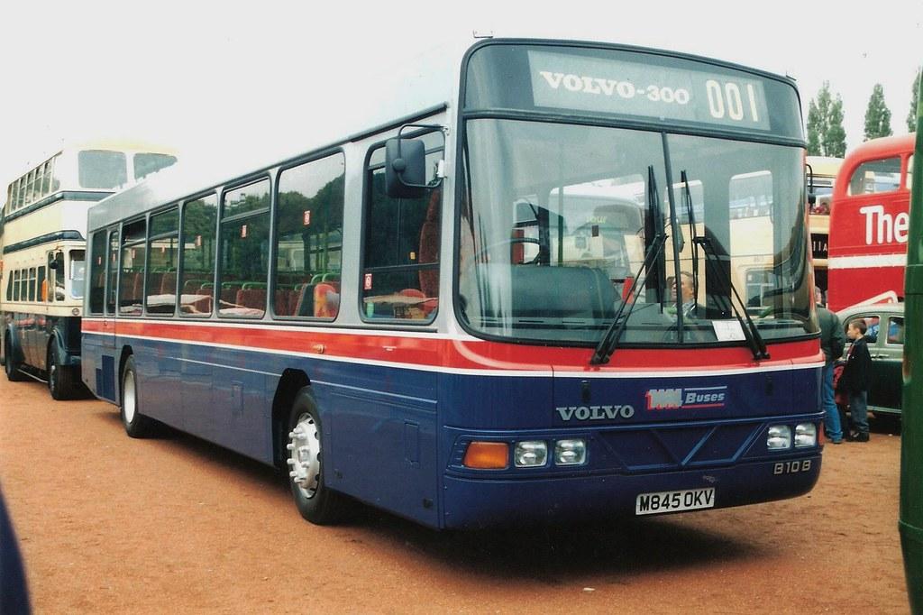 West Midlands Travel Volvo B10b Wright Endurance 1327 M84