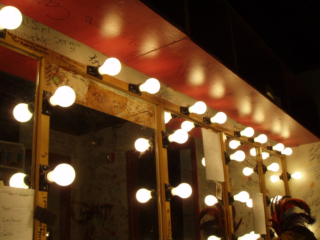Dressing Room Mirrors And Lights Pa030241 Websphinx