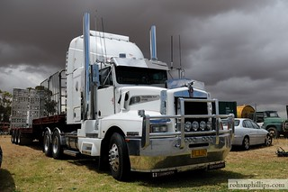 Kenworth T404 Mallala | by Rohan Phillips
