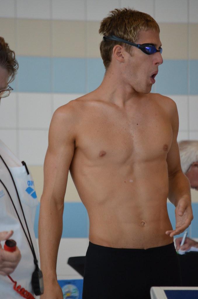 Schwimmer Nackt
