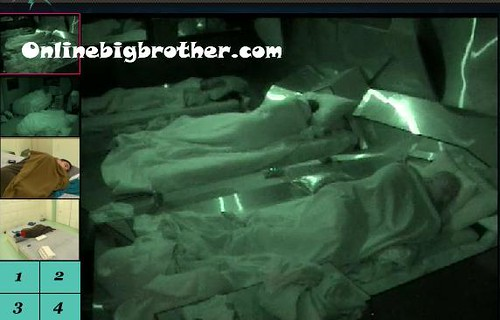 BB13-C2-7-25-2011-8_28_00.jpg | by onlinebigbrother.com
