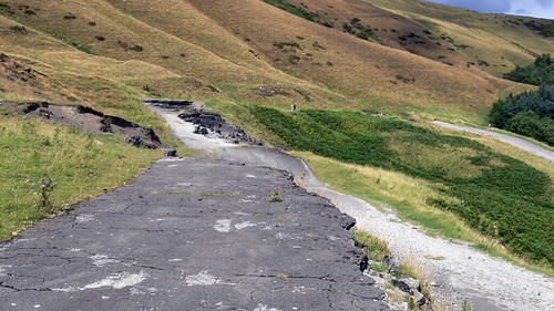 Old A625 collapsed road | by eddilowe