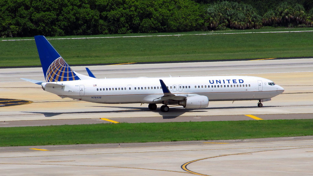 Continental Airlines Boeing 739 924er N78438 In Quot United