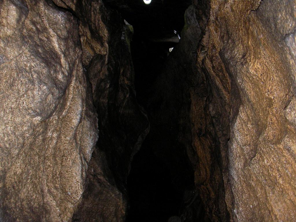 入水 鍾乳洞