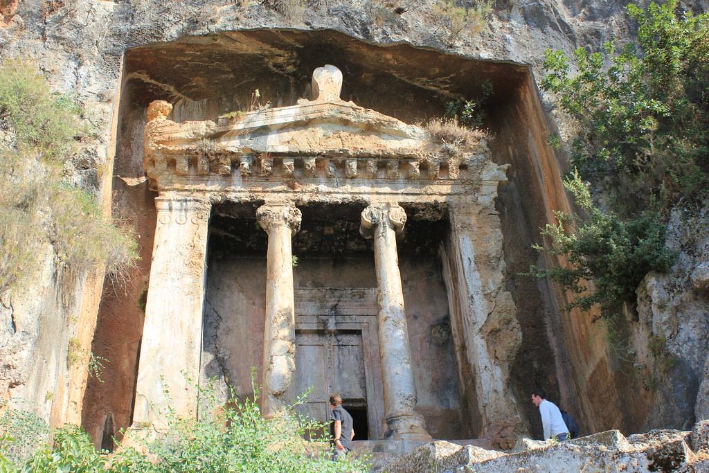 Kıral Amintas Kaya Mezarı(The Tomb of King Amyntas), Fethi ...