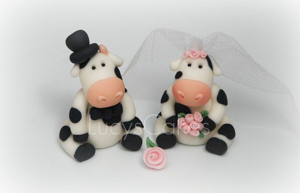 quirky wedding cake toppers friesian cow and groom wedding cake topper visit 18947