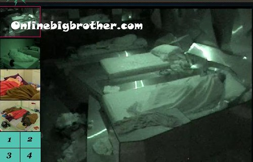 BB13-C2-8-1-2011-8_14_54.jpg | by onlinebigbrother.com