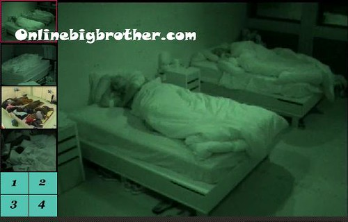 BB13-C2-8-9-2011-8_29_36.jpg | by onlinebigbrother.com