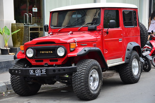 Model 100 2 moreover 15773 further G Shock Dw 5000 30th Anniversary in addition Fj40 Rock Sliders White Knuckle Off Road2 2 as well Photos. on land cruiser
