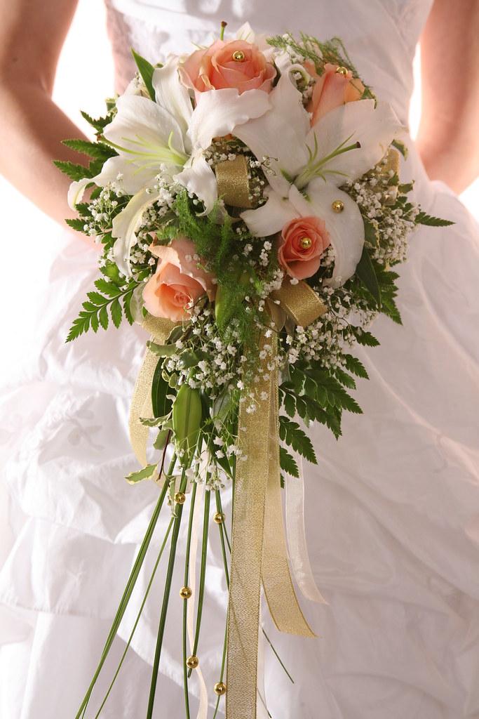 PreMade Wedding Bouquet - Wedding Arrangement - Rose and L… | Flickr