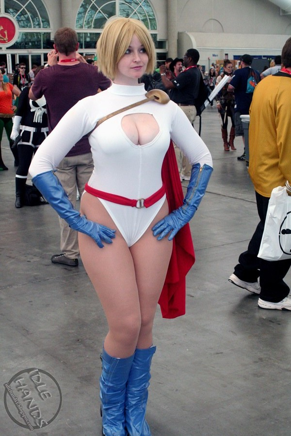 Sdcc Costumes 109- Power Girl  Paul Nicholasi  Flickr-4573