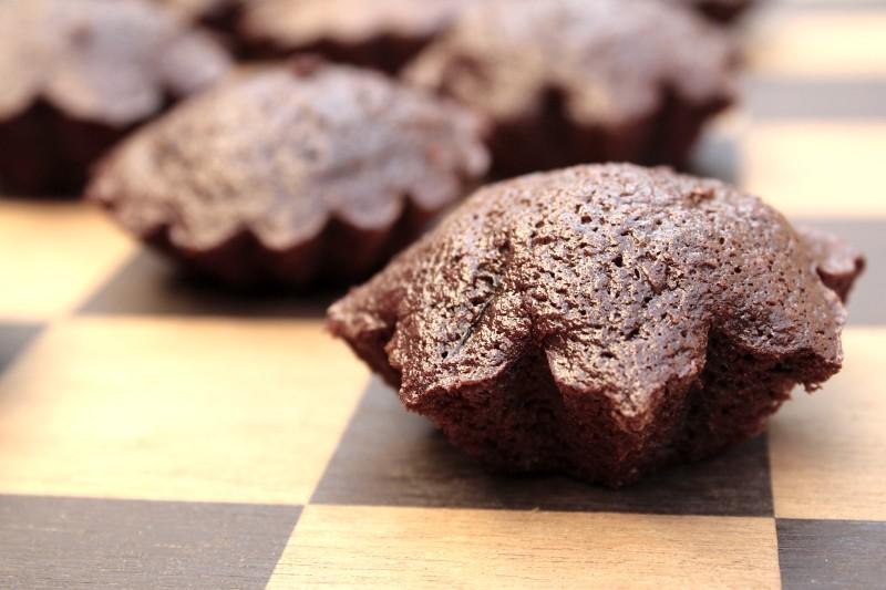 Healthy Chocolate Zucchini Cake With Applesauce