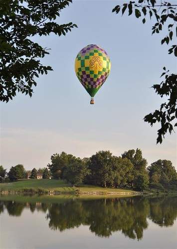 2011 Galesburg Balloon Race - Explore! | by mjb8216