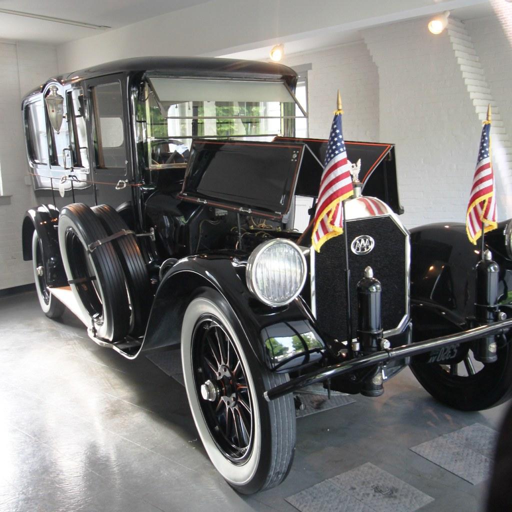 Car In The Woodrow Wilson