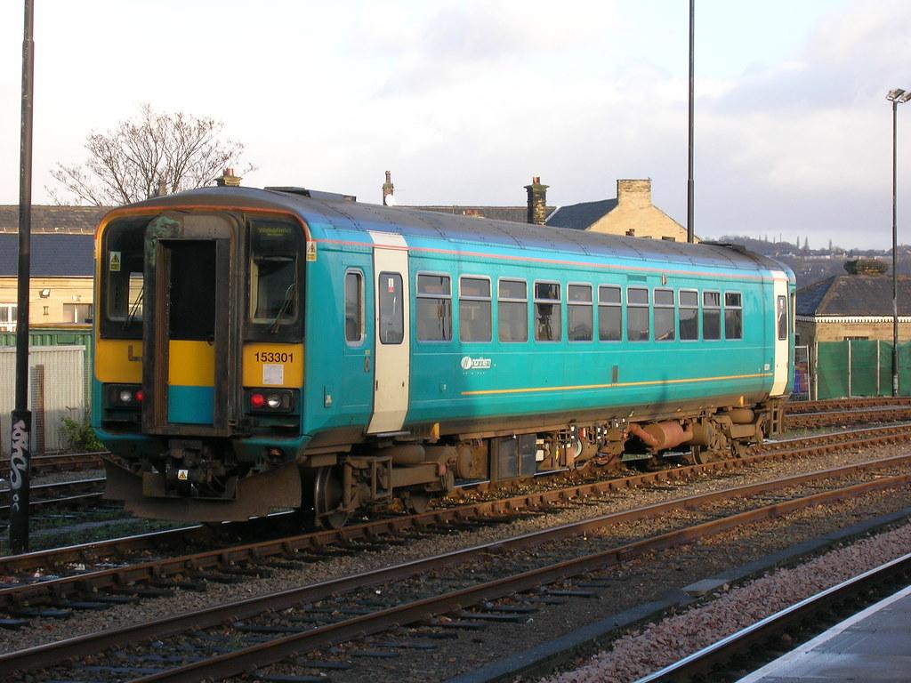 Class 153, Arriva Trains Northern livery, Huddersfield sta ...