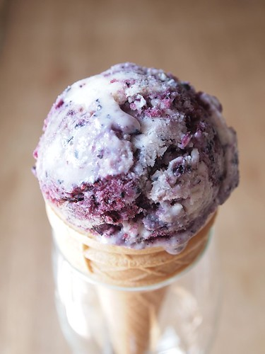 homemade blueberry-cheesecake ice cream | by HolgaHolga