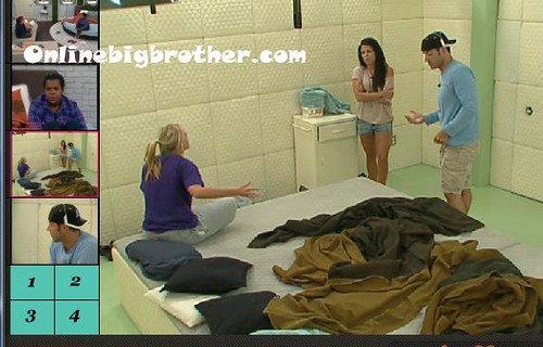 BB13-C3-8-5-2011-8_37_45.jpg | by onlinebigbrother.com