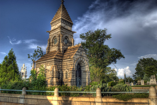 Oakland Cemetery: Richards Mausoleum (side view) | by StGrundy